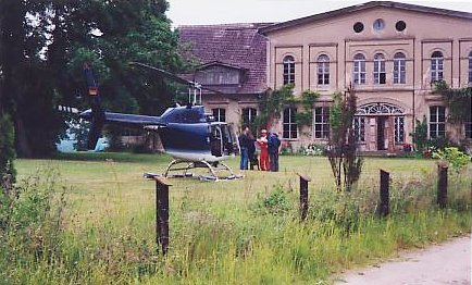 [Helicopter]